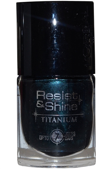 L'Oreal Resist & Shine Titanium Nail Polish 9ml #736